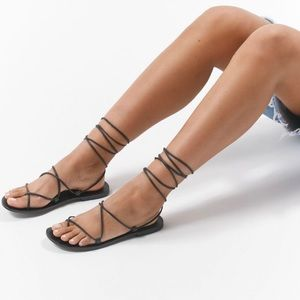 UO Leather Gladiator Sandal Strappy Black NWT